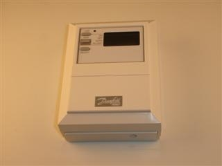 DANFOSS 103E7 7 DAY OR 5 DAY/2 DAY ELECTRONIC TIMESWITCH
